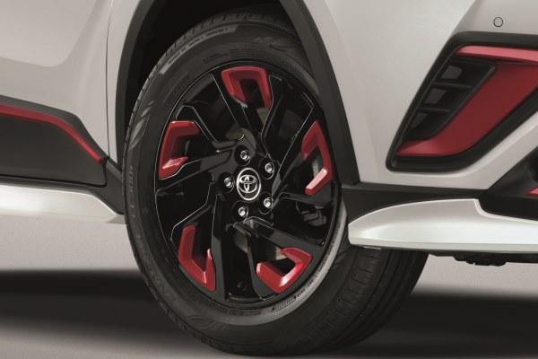 คิ้วล้ออัลลอย (สีแดง) / Wheel Garnish (Red)