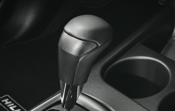 หัวเกียร์ลายสปอร์ต (เกียร์อัตโนมัติ) / Sporty Shift Knob (AT)